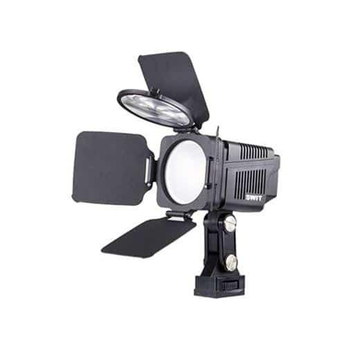 SWIT S-2060 kamerové LED svetlo s fresnelom