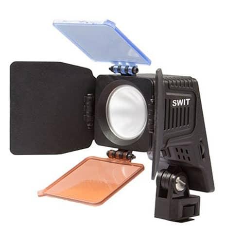 SWIT S-2070 kamerové LED svetlo