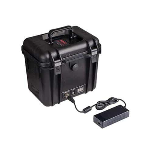SWIT S-4020 prenosný napájací box s 12V a 24V XLR výstupom